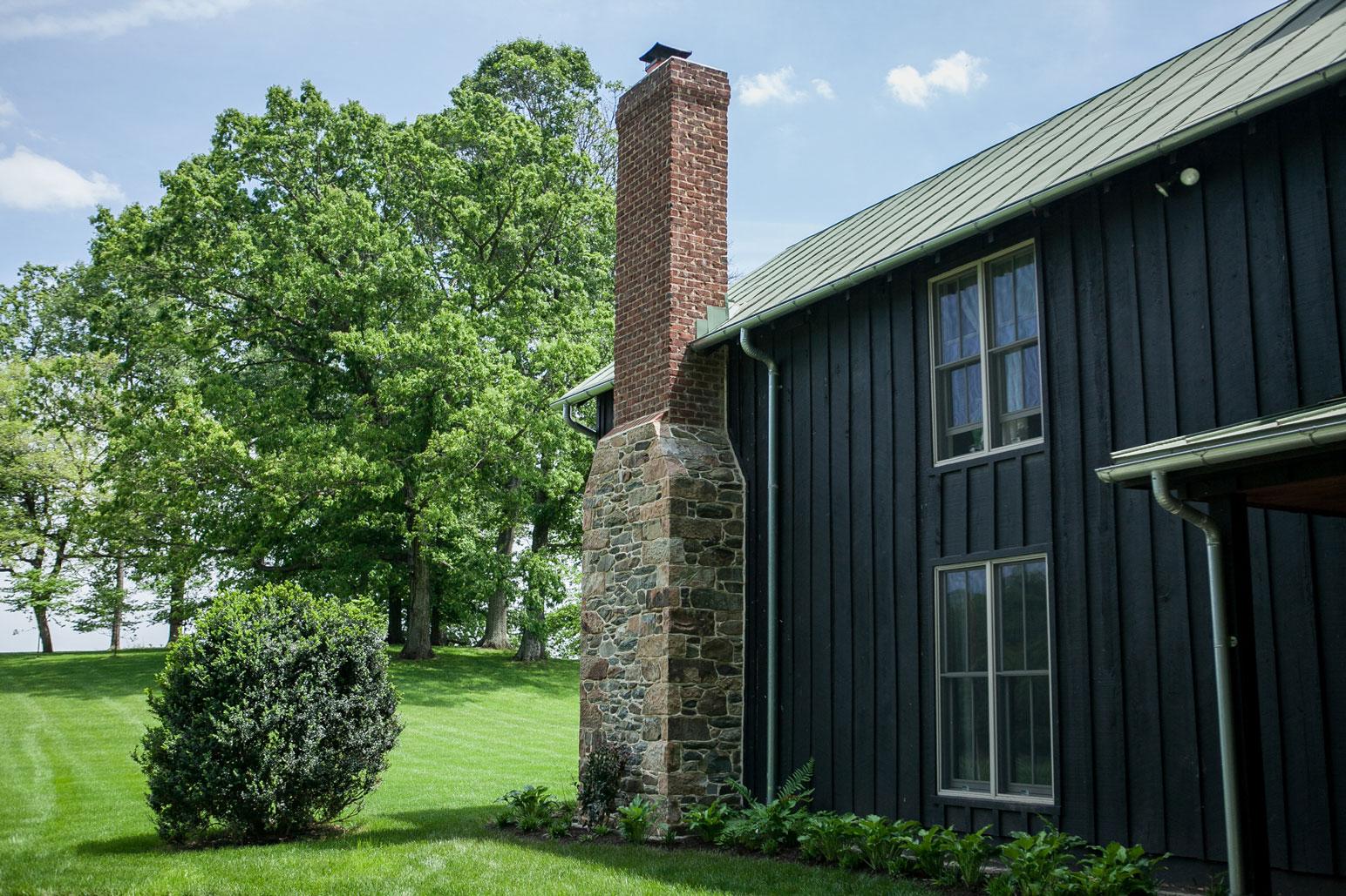 Stone & Brick Chimney - Kelley's Masonry