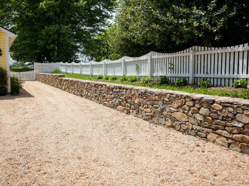 Fieldstone Retaining Wall - Kelley's Masonry