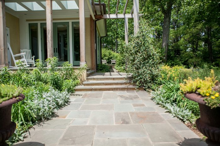 Flagstone Walkway - Kelley's Masonry Walkways